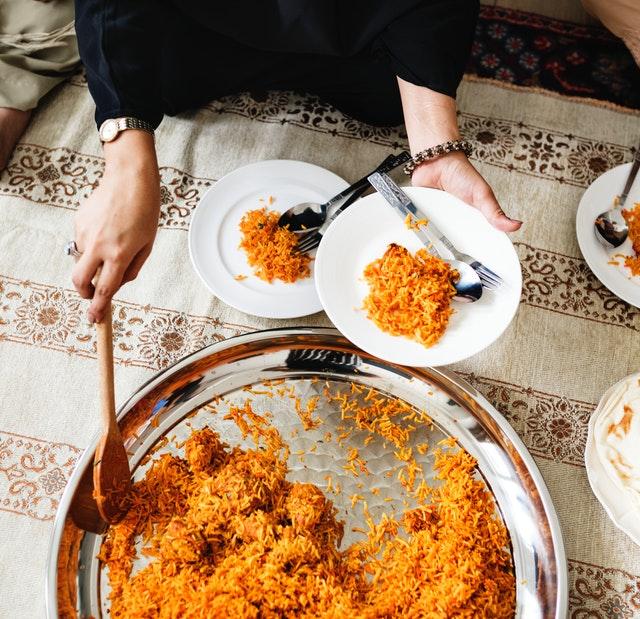 arabic-carpet-cuisine-1253532